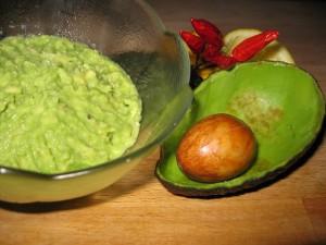 avocado-74260_640
