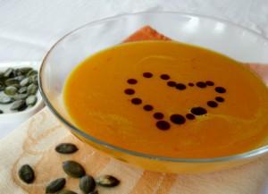 soup-606907_640